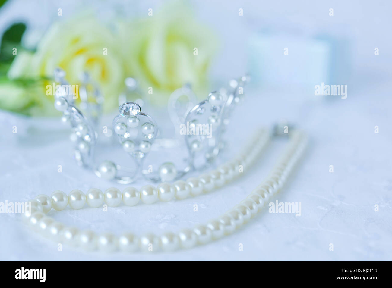Pearl necklace and tiara - Stock Image