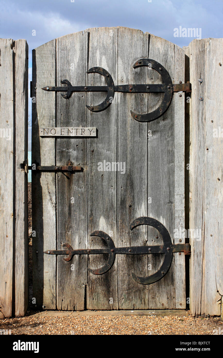 Gentil Sturdy Old Wooden Garden Gate With No Entry Sign And Large Brass Hinges,  Sussex England