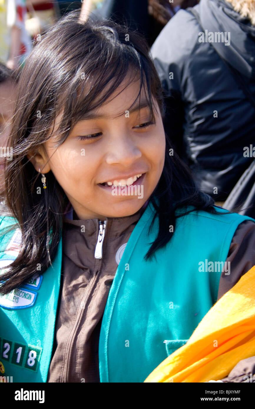 Brunette glasses girl scout — photo 5