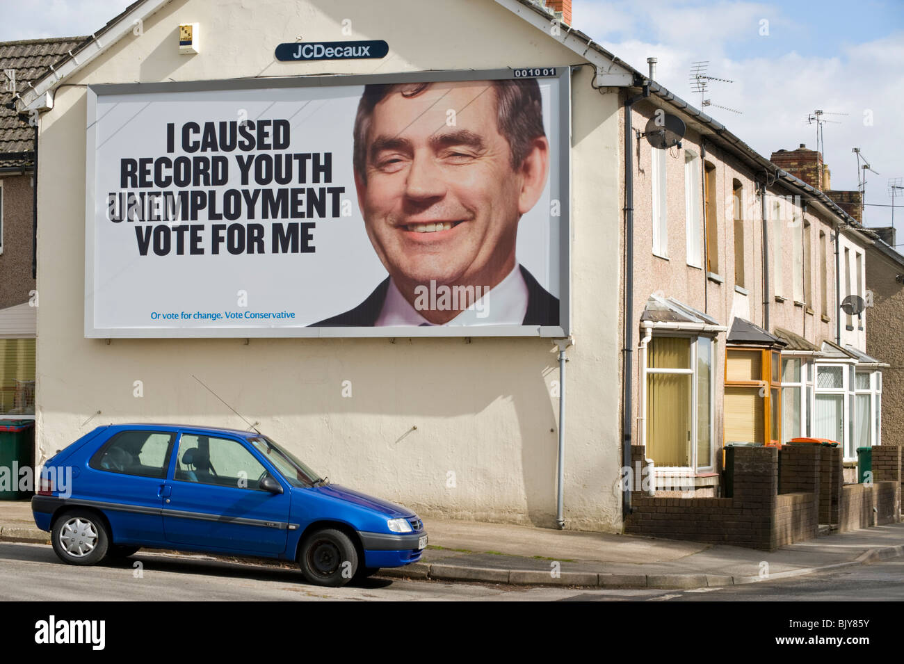Conservative Party 2010 General Election 48 sheet billboard poster featuring Gordon Brown at JCDecaux site on end - Stock Image