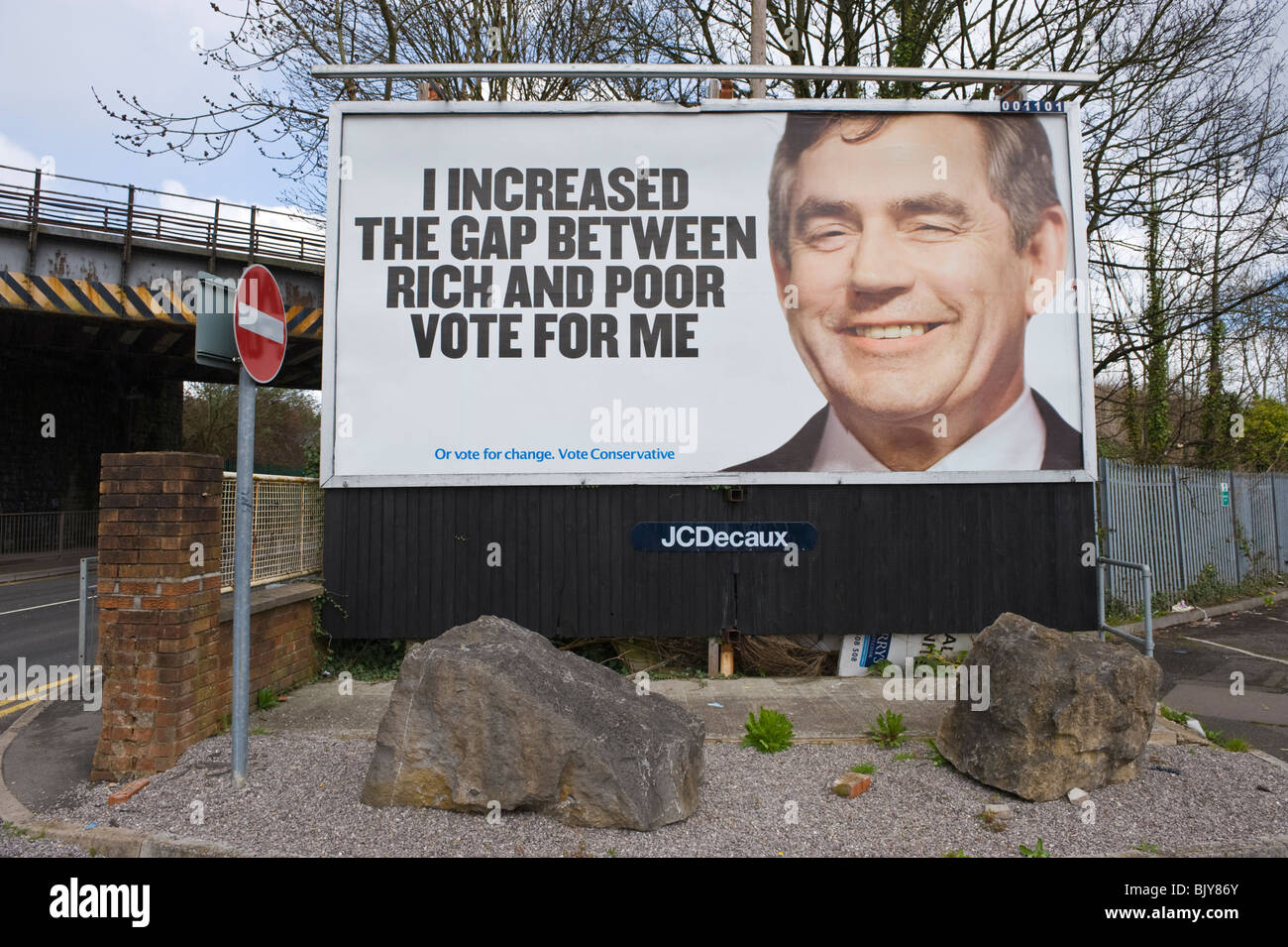 Conservative Party 2010 General Election billboard at JCDecaux site on roadside location in Newport South Wales - Stock Image
