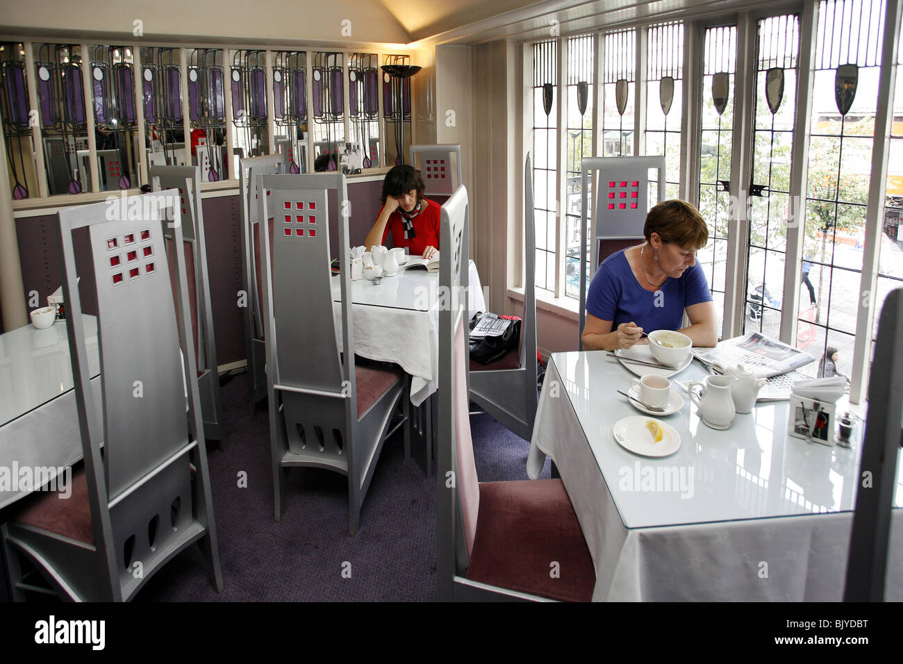 The Willow Tea Rooms, The Room Deluxe, Charles Rennie Mackintosh, Sauchiehall Street, Glasgow, Scotland - Stock Image