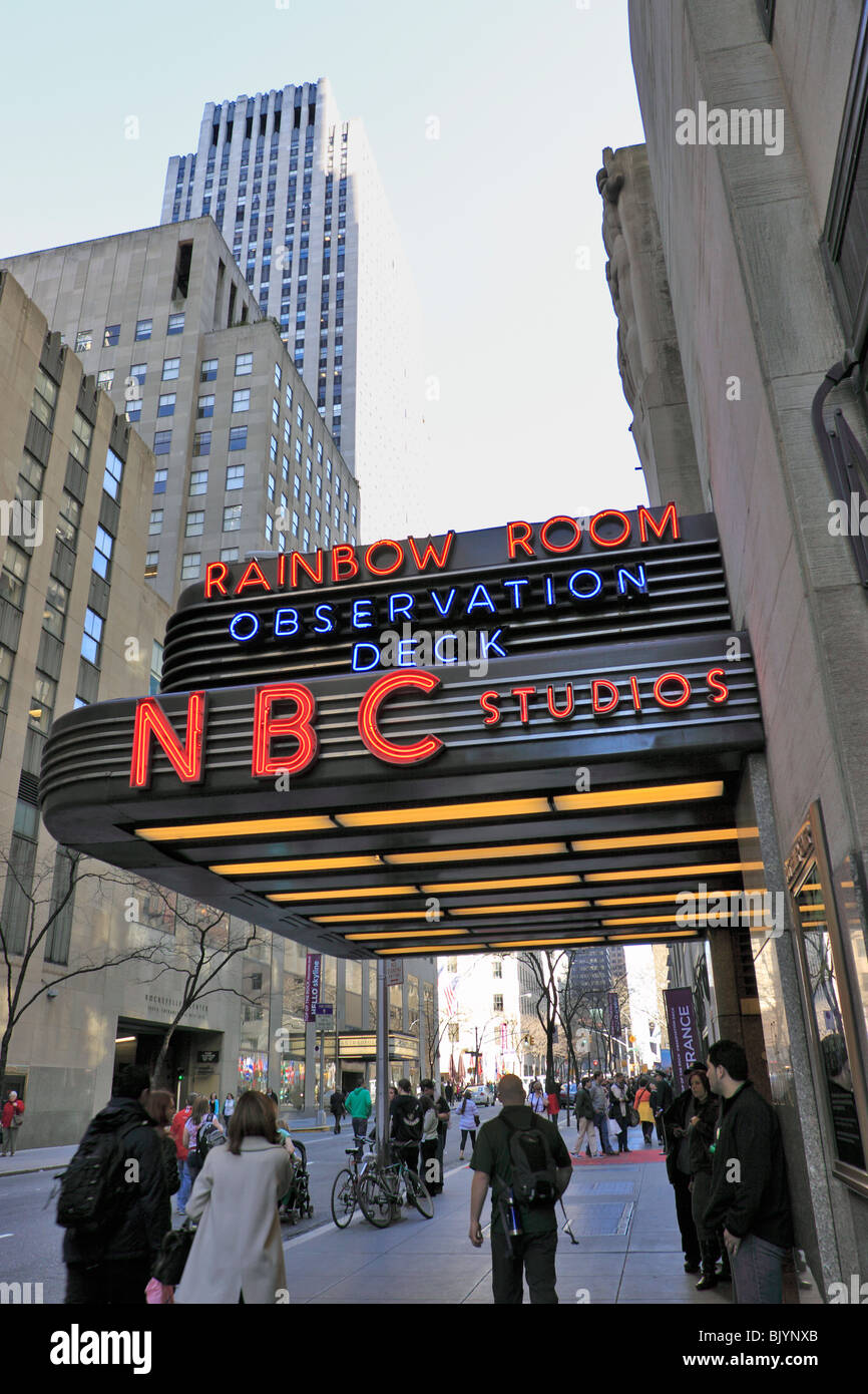 Entrance To 30 Rockefeller Center Home Of Nbc Television The Stock Photo Alamy