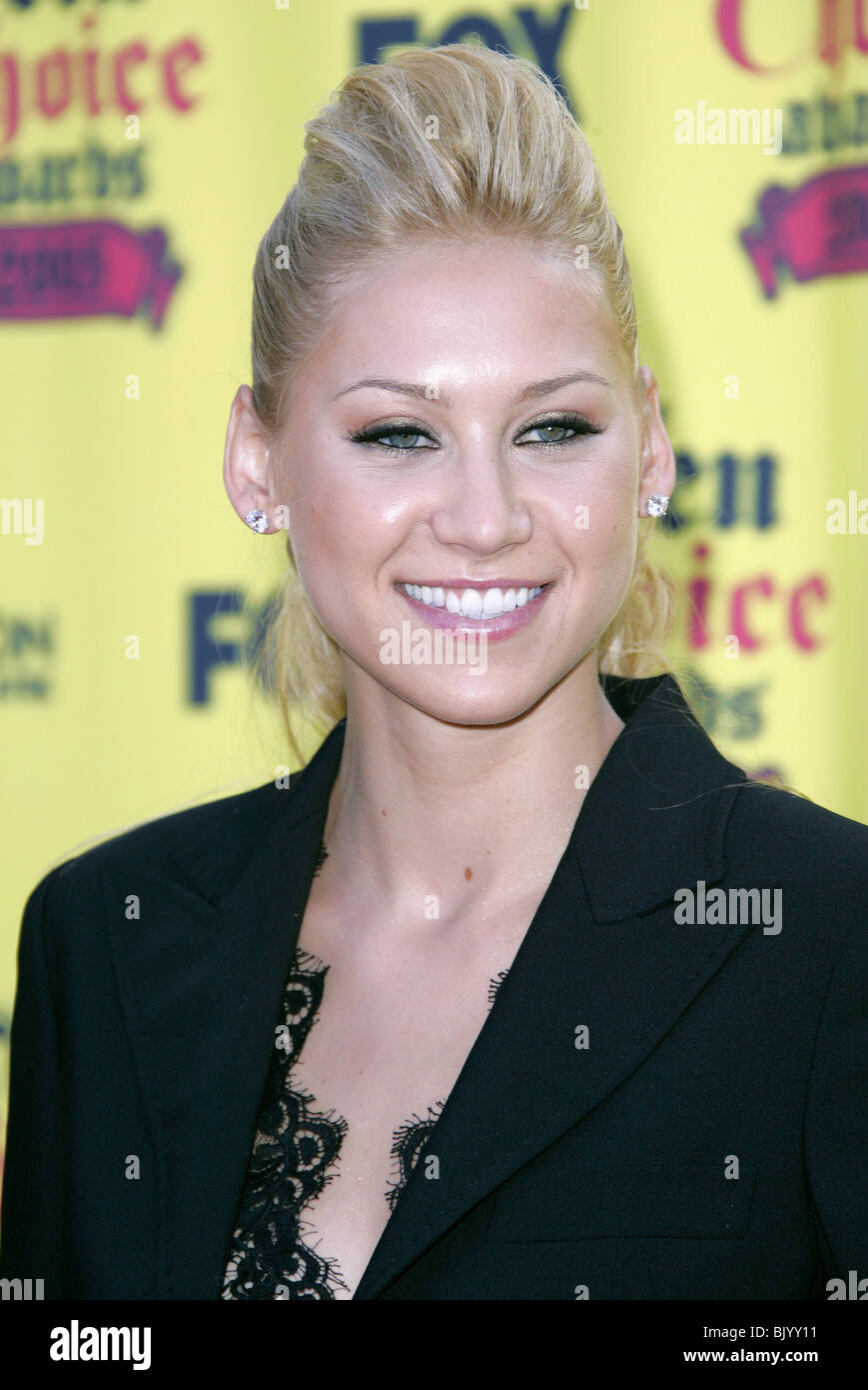 ANNA KOURNIKOVA 2005 TEEN CHOICE AWARDS THE GIBSON THEATRE UNIVERSAL CITY  BURBANK LA USA 14 August 2005