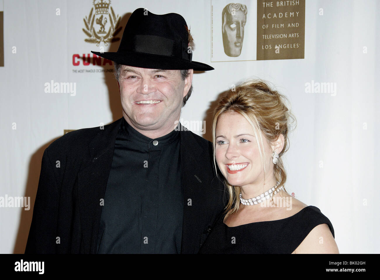 MICKEY DOLENZ & WIFE 2005 BAFTA/LA CUNARD BRITANNIA AWARDS BEVERLY HILTON HOTEL HOLLYWOOD LOS ANGELES USA 10 November Stock Photo