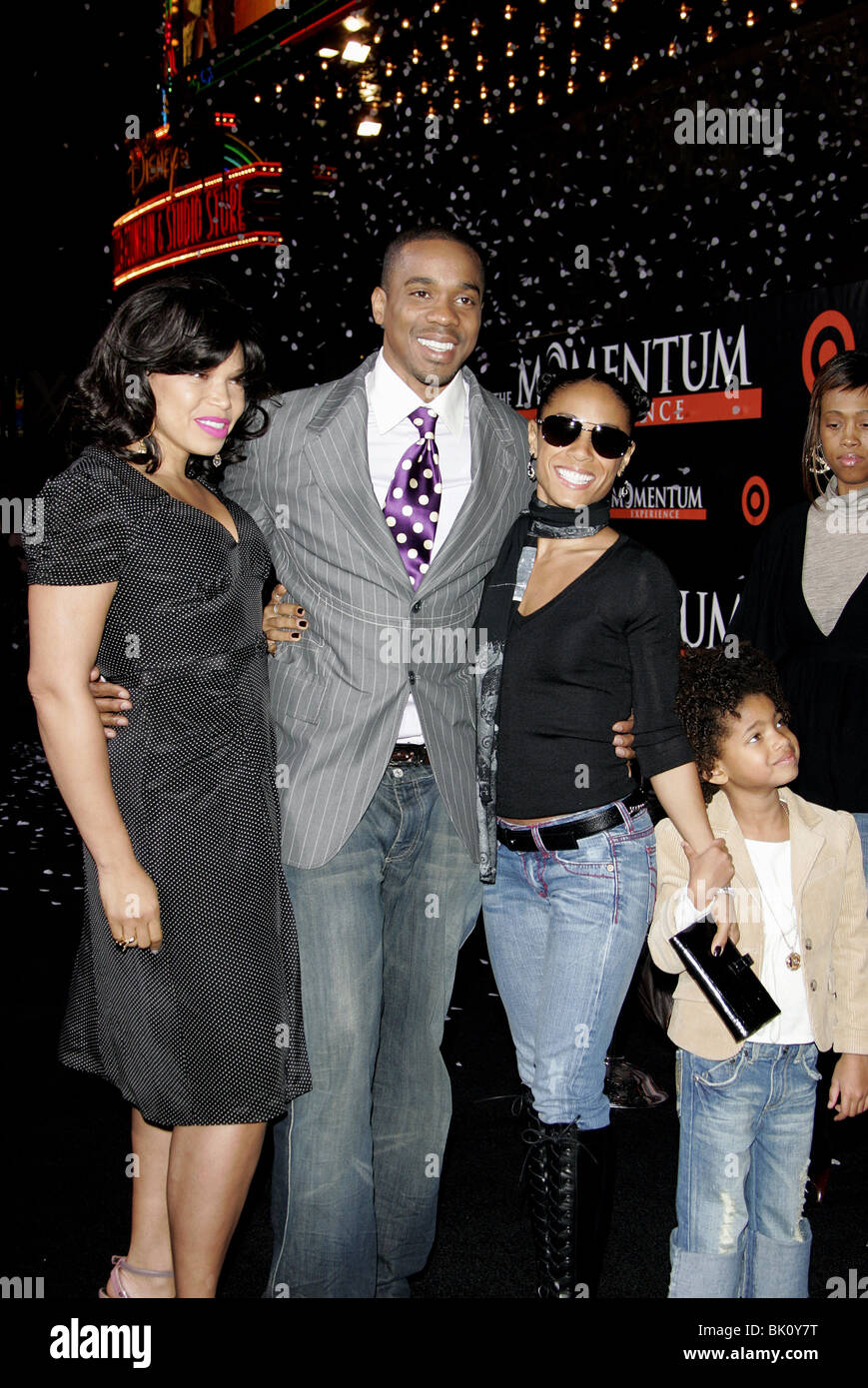 TISHA CAMPBELL DUANE MARTIN JADA PINKETT-SMITH & WILLOW SMITH THE SEAT FILLER PREMIERE HOLLYWOOD LOS ANGELES - Stock Image