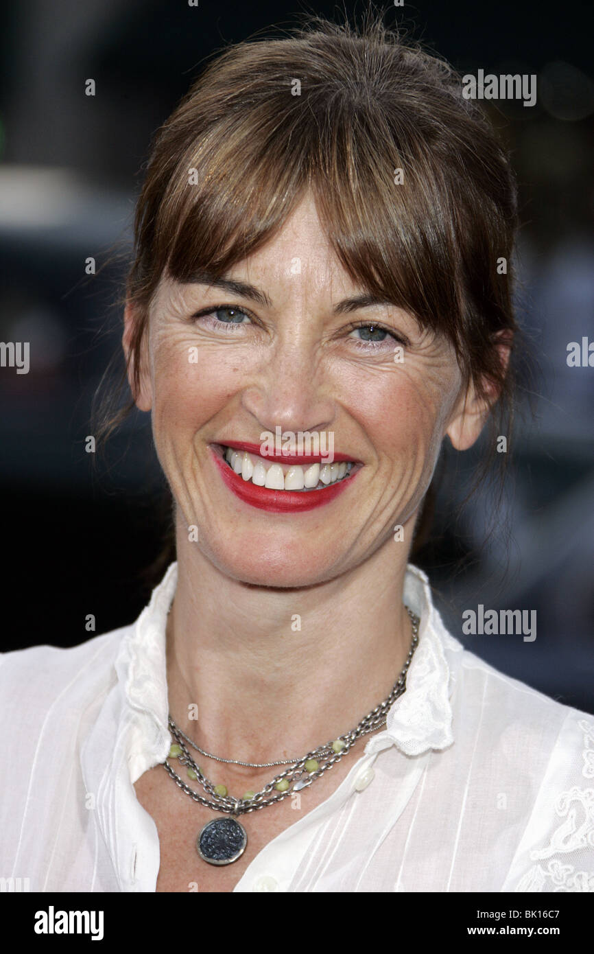 Amanda Pays Nude Photos 10