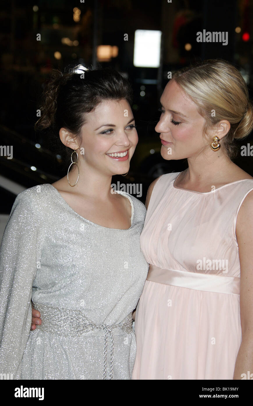 GINNIFER GOODWIN & CHOLE SEVIGNY BIG LOVE HBO TV PREMIERE CHINESE THEATRE HOLLYWOOD LOS ANGELES USA 23 February - Stock Image