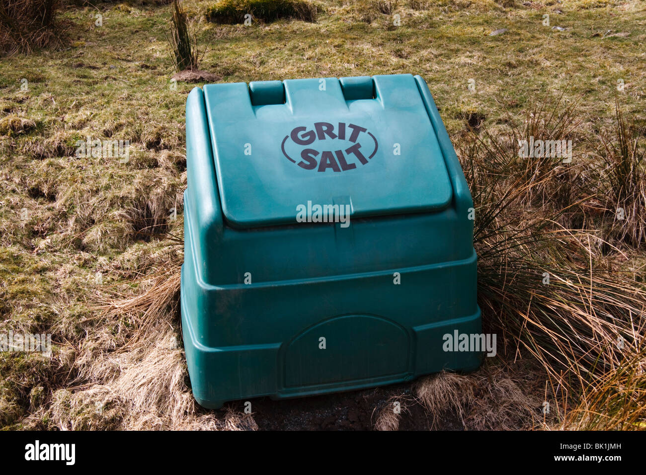 Grit and salt bin in Mid Wales - Stock Image
