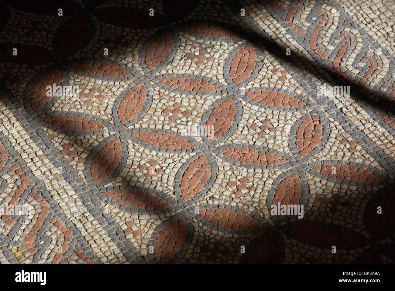 Mosaic floor, Hypocaust, Verulamium Park, St Albans, Hertfordshire - Stock Image