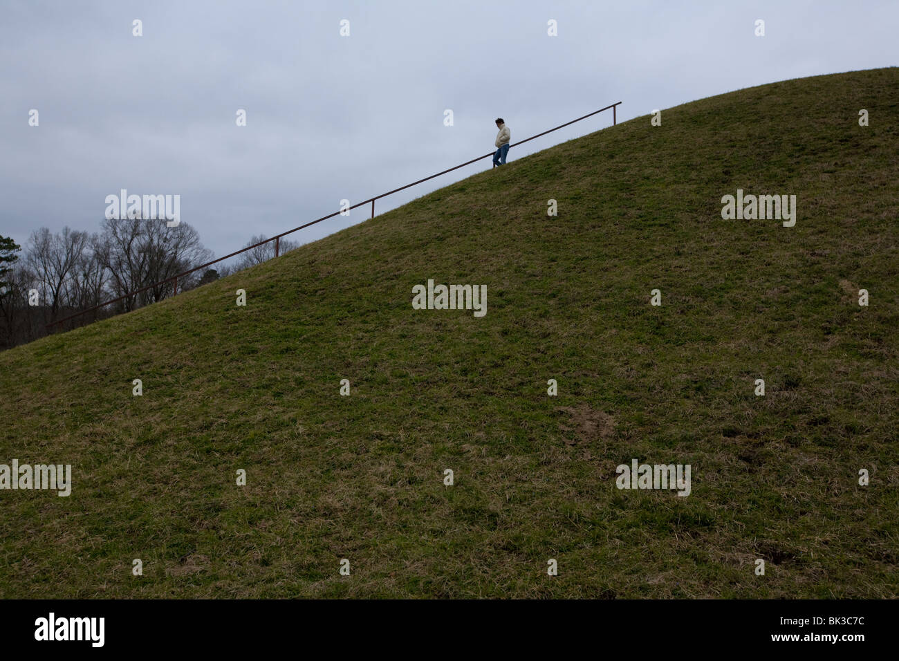 Emerald Mound, Indian burial site on Natchez Trace Parkway in Mississippi, 2nd largest burial mound in USA - Stock Image