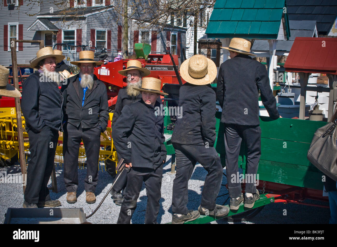 Amish People Stock Photos & Amish People Stock Images - Alamy
