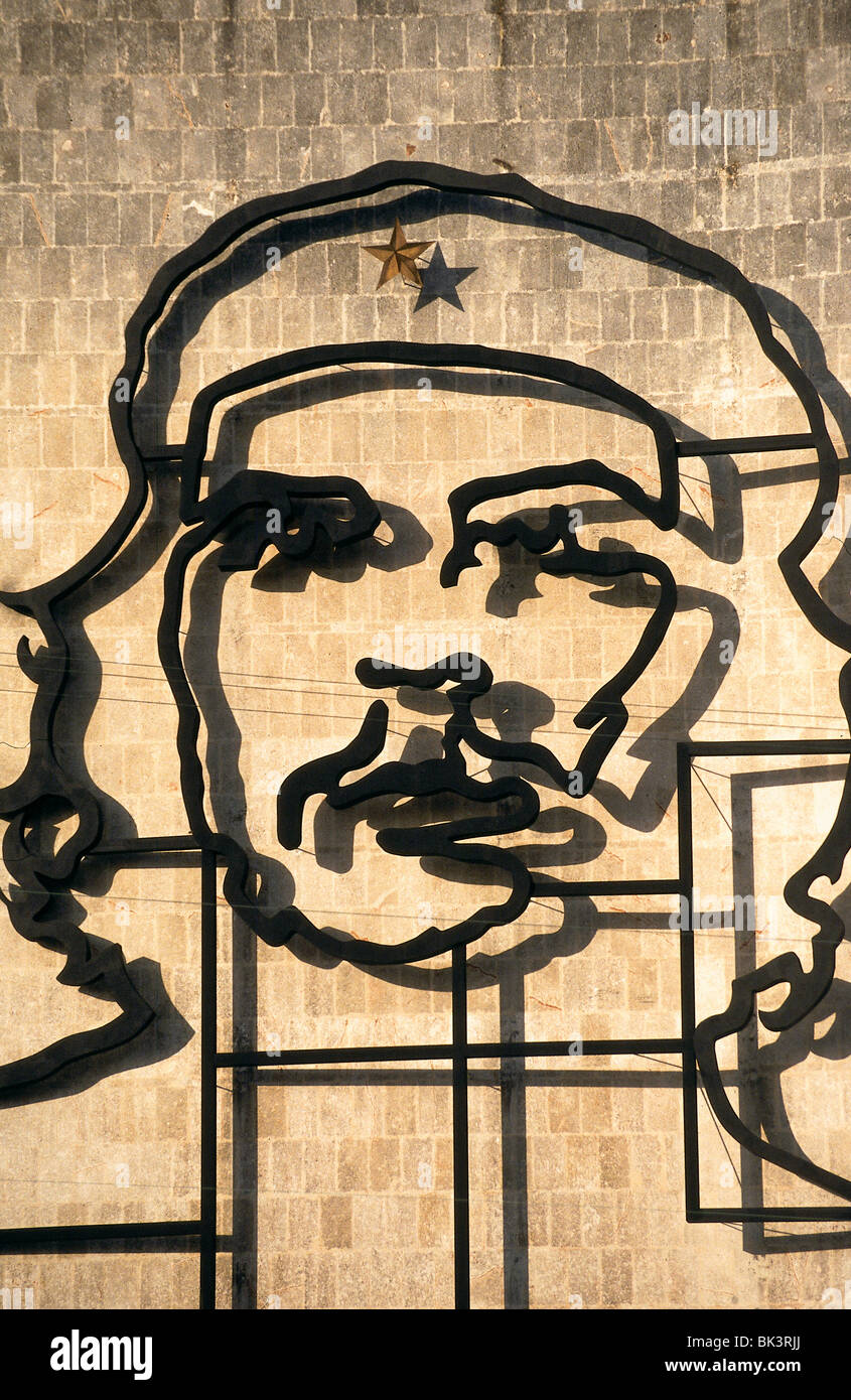Detail of a metal sculpture of Che Guevara on wall of Ministry of ...