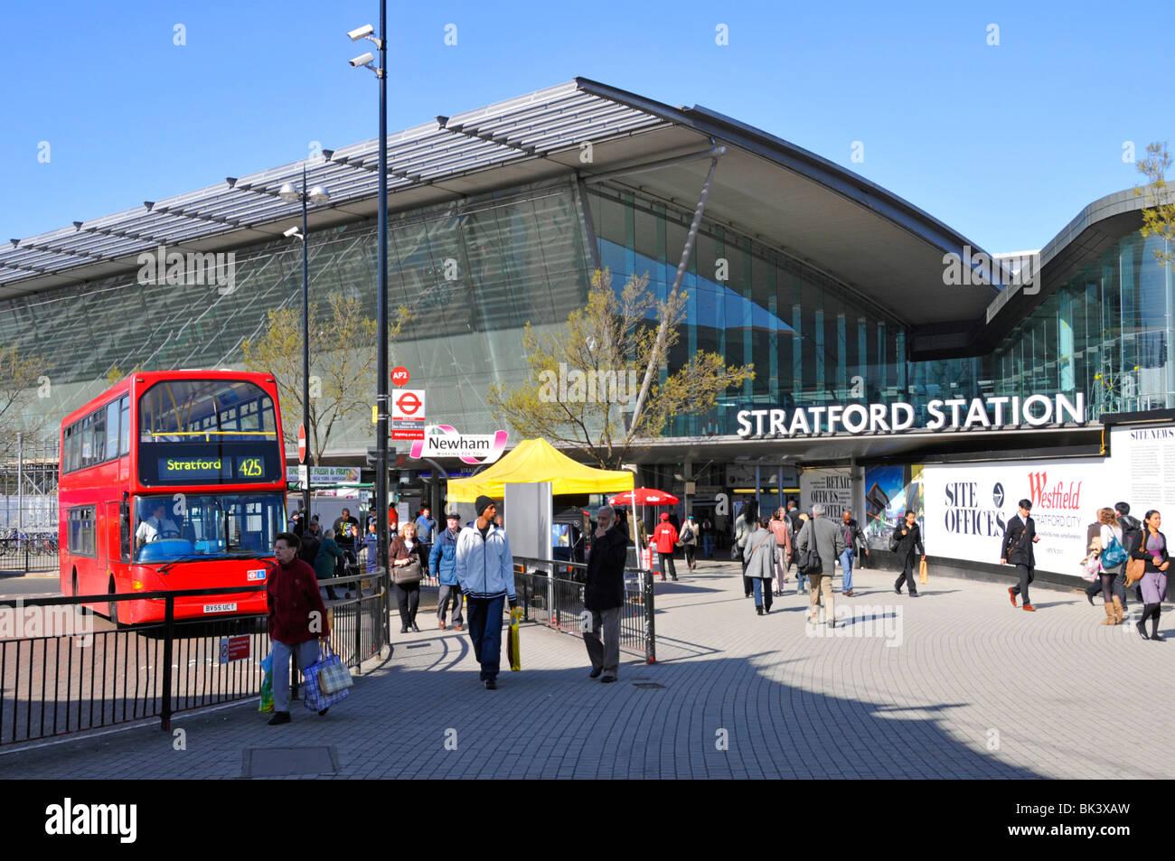 Stratford Railway Train Amp Bus Station With Westfield