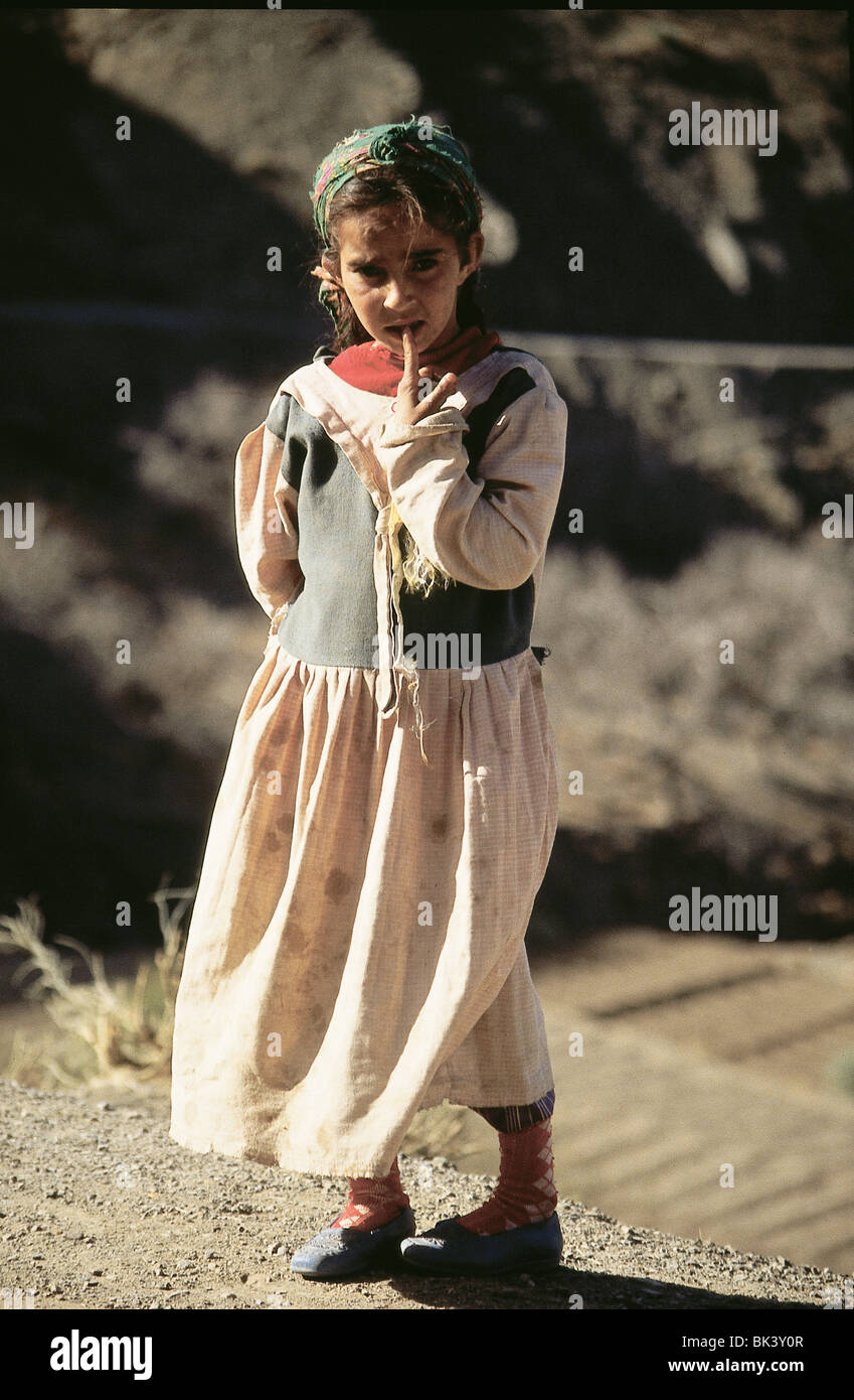 Moroccan girl near Marrakech, Morocco - Stock Image