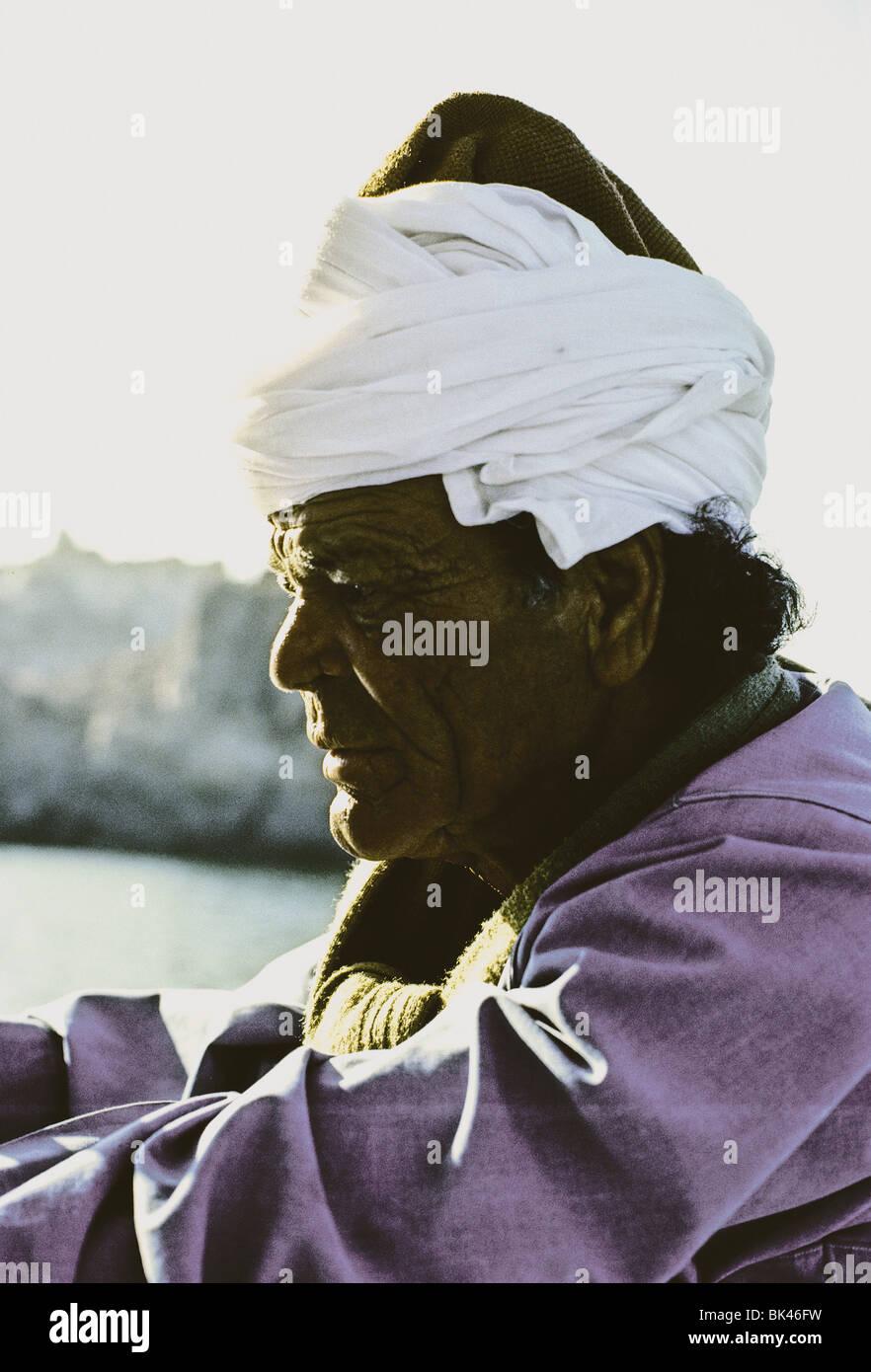 Profile of a man wearing a white turban, Egypt - Stock Image