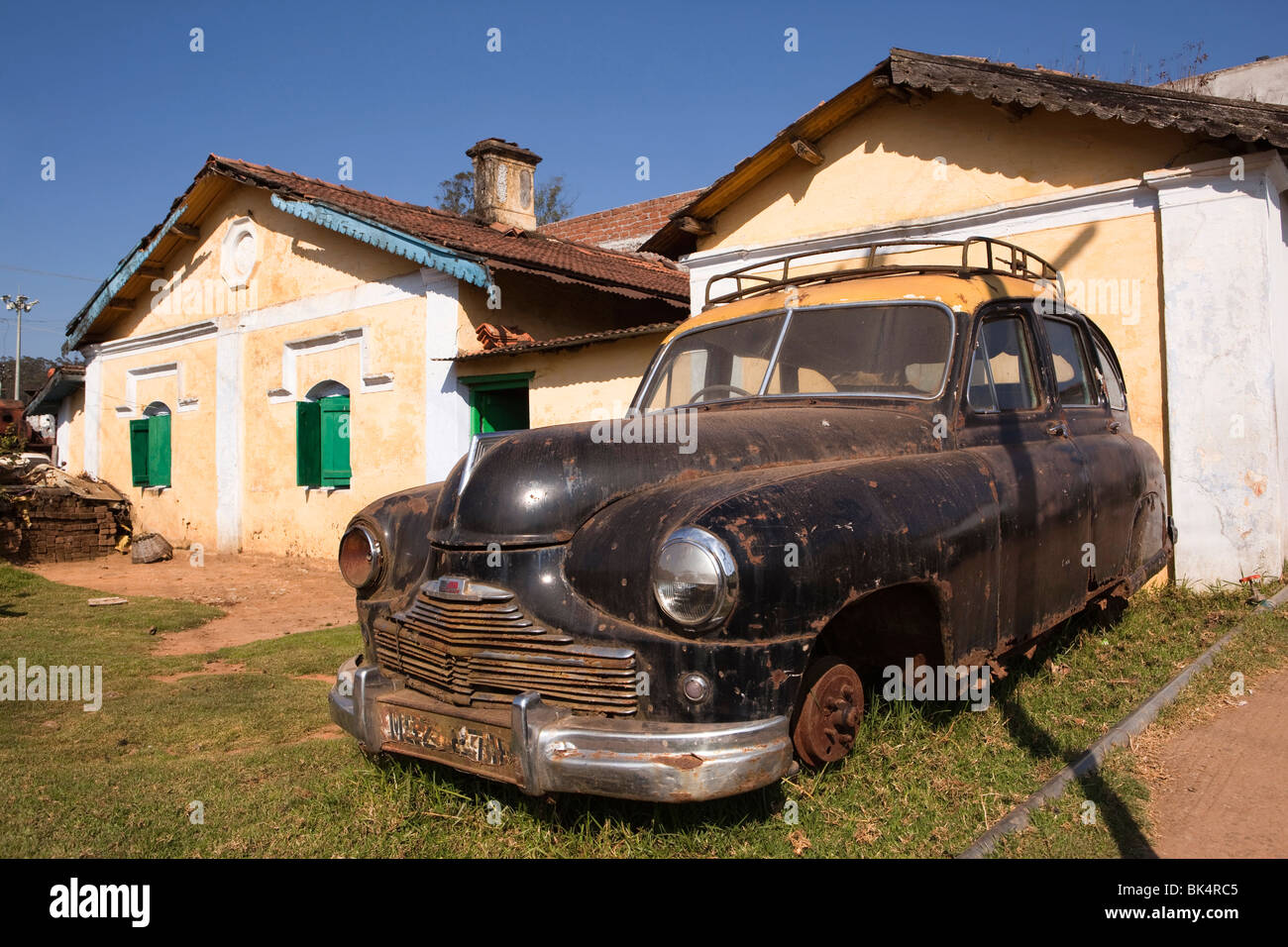 Standard Vanguard Stock Photos & Standard Vanguard Stock Images - Alamy