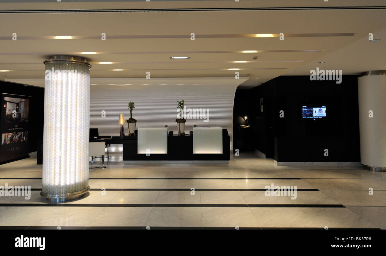 Modern hotel reception area stock photo: 29004730 alamy