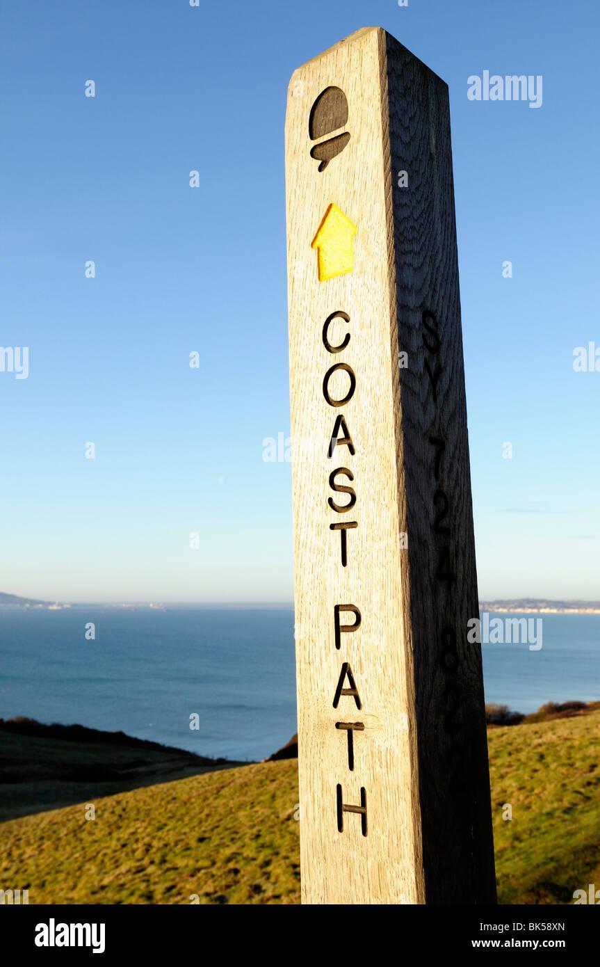 Wooden post coastal path marker sign - Stock Image