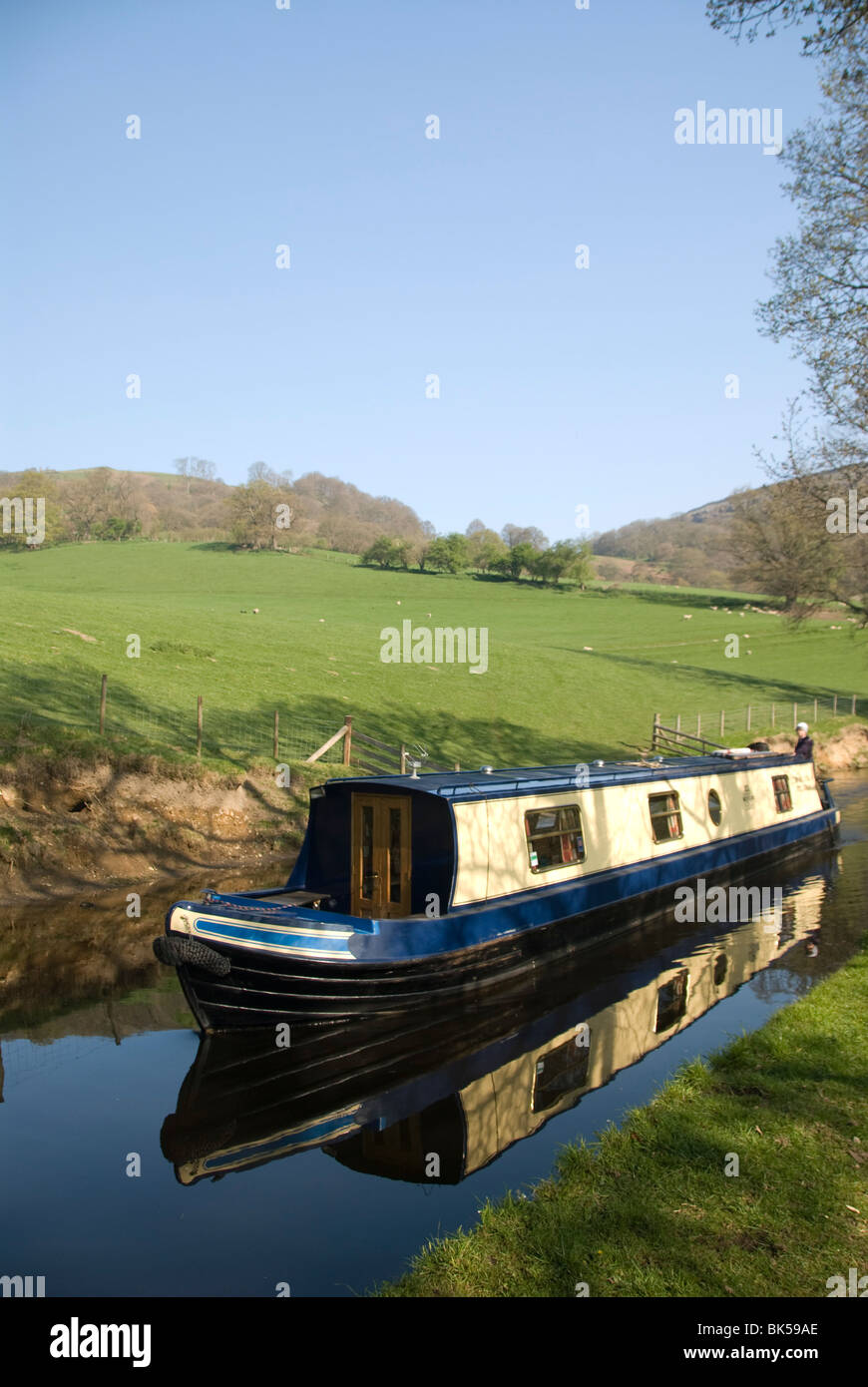Narrow boat cruising the Llangollen Canal, Wales, United Kingdom, Europe - Stock Image