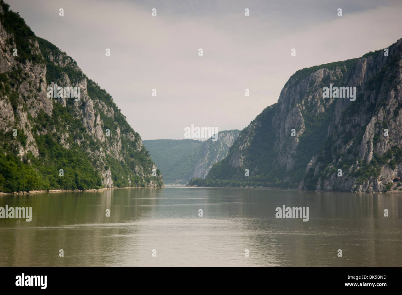 The Danube River flowing through the Kazan Gorge in the Iron Gates Region between Serbia and Romania, Europe - Stock Image