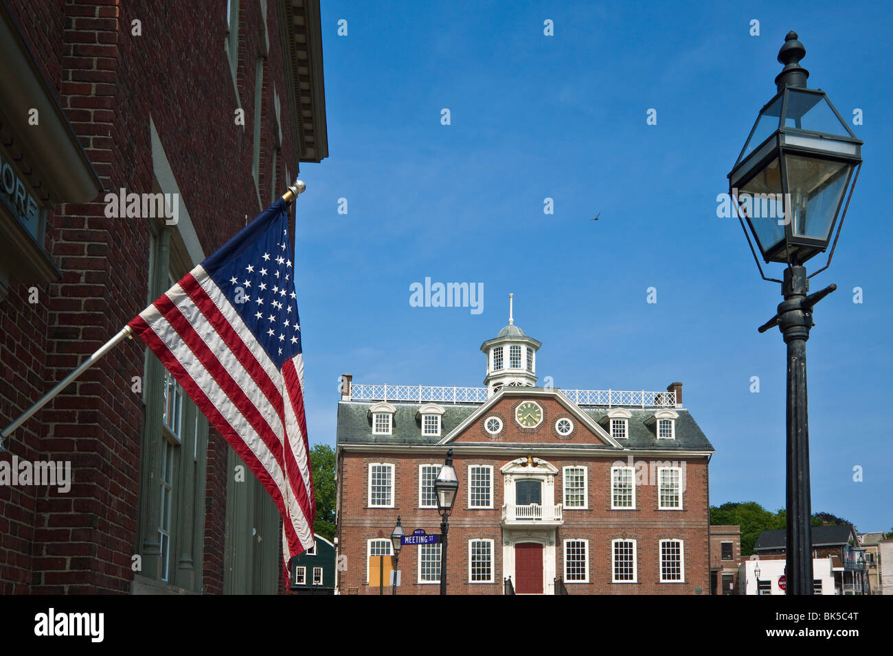 The Stars and Stripes and  Old Colony House used in the film Amistad, on Washington Square in Newport, Rhode Island, - Stock Image