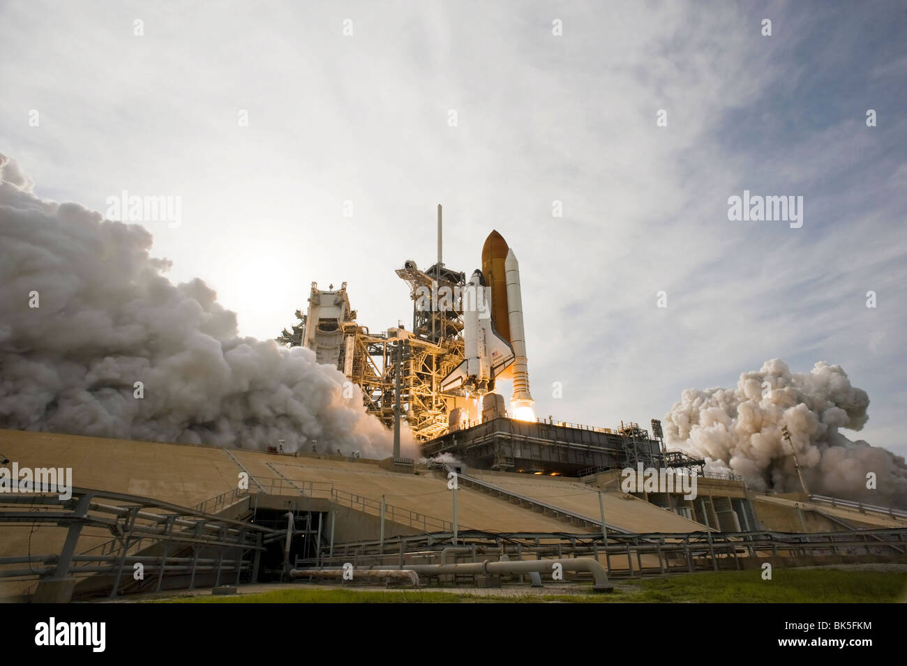 space shuttle endeavour orbiting - photo #24