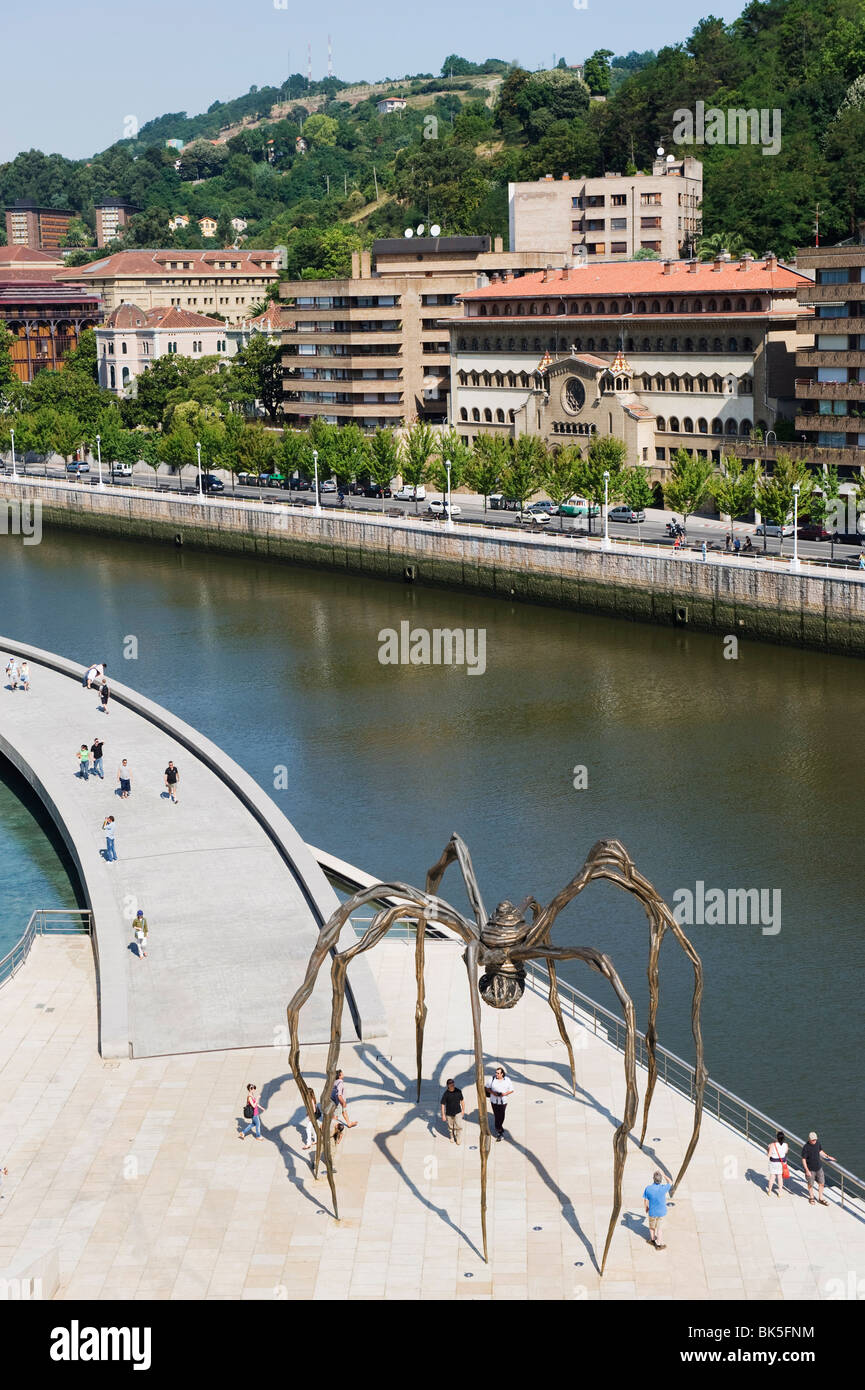 Giant spider sculpture by Louise Bourgeois, Nervion River, Bilbao, Basque country, Spain, Europe - Stock Image