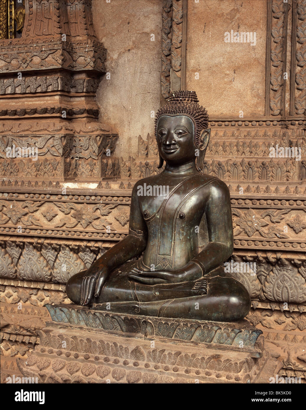Pieni Buddha dating
