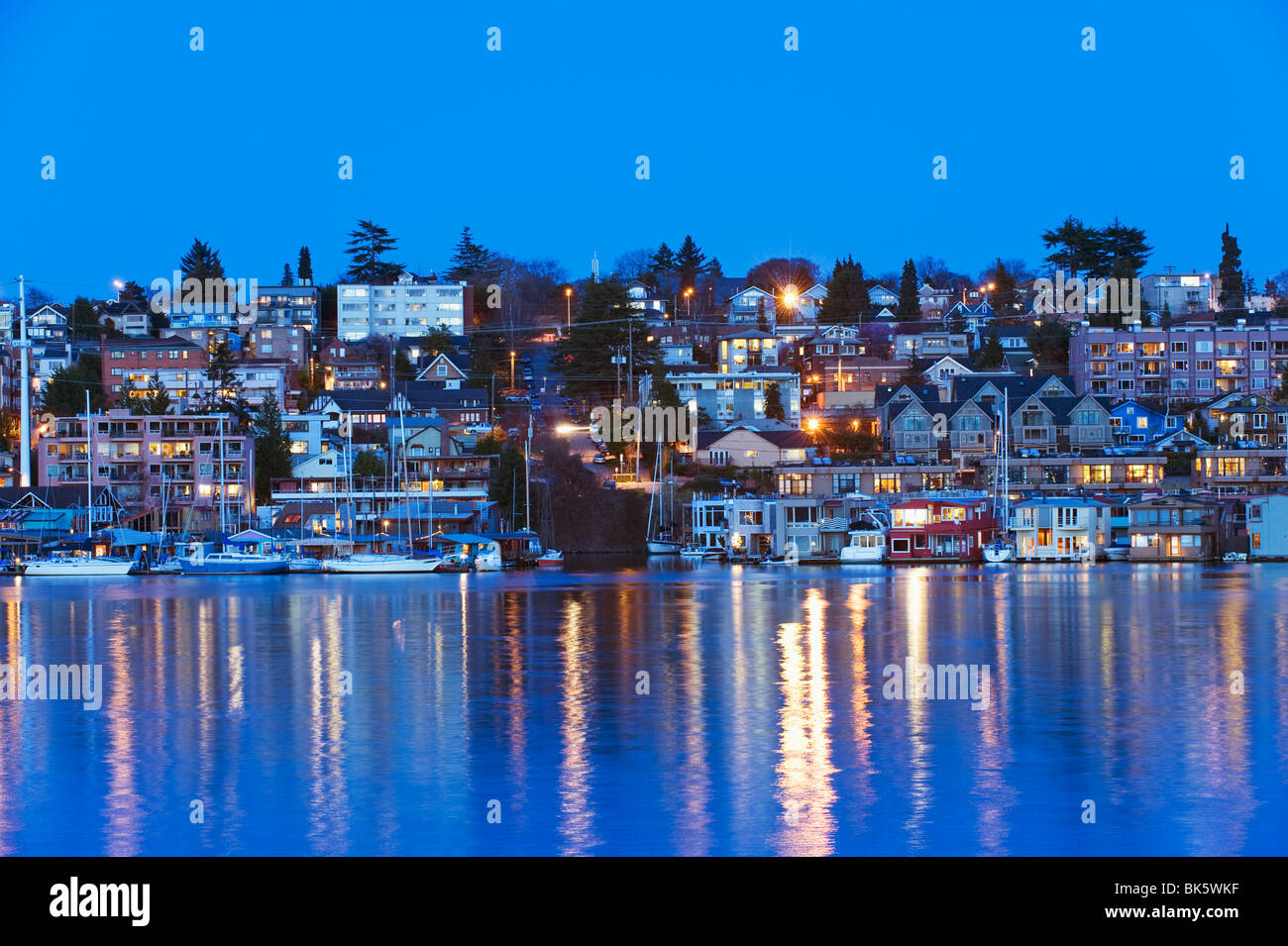 Residential houses on Lake Union, Seattle, Washington State, United States of America, North America - Stock Image