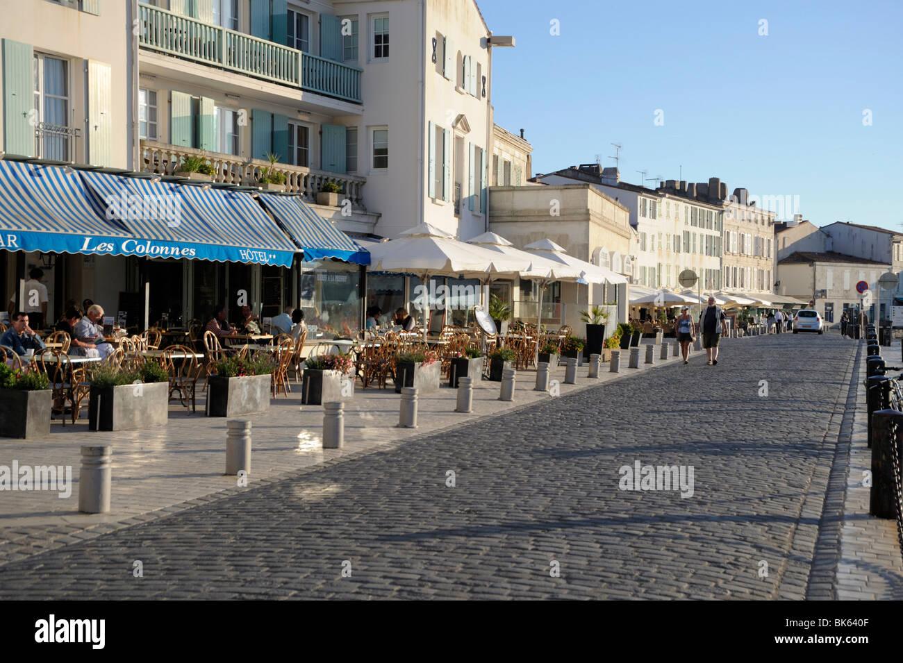 Quayside Restaurants St Martin De Re Ile De Re Charente Maritime