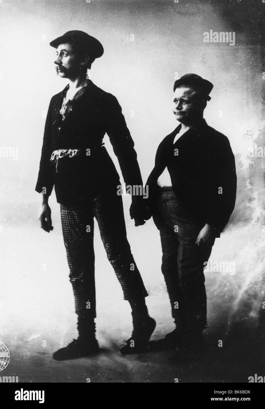 Pat und Patachon Année : 1921-1928 Director : Lau Lauritzen  Harald Madsen, Carl Schenstrom - Stock Image
