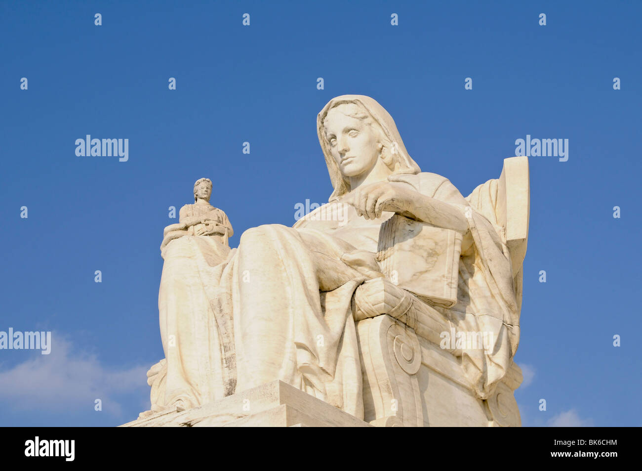 'contemplation of Justice' statue outside of the supreme court building - Stock Image