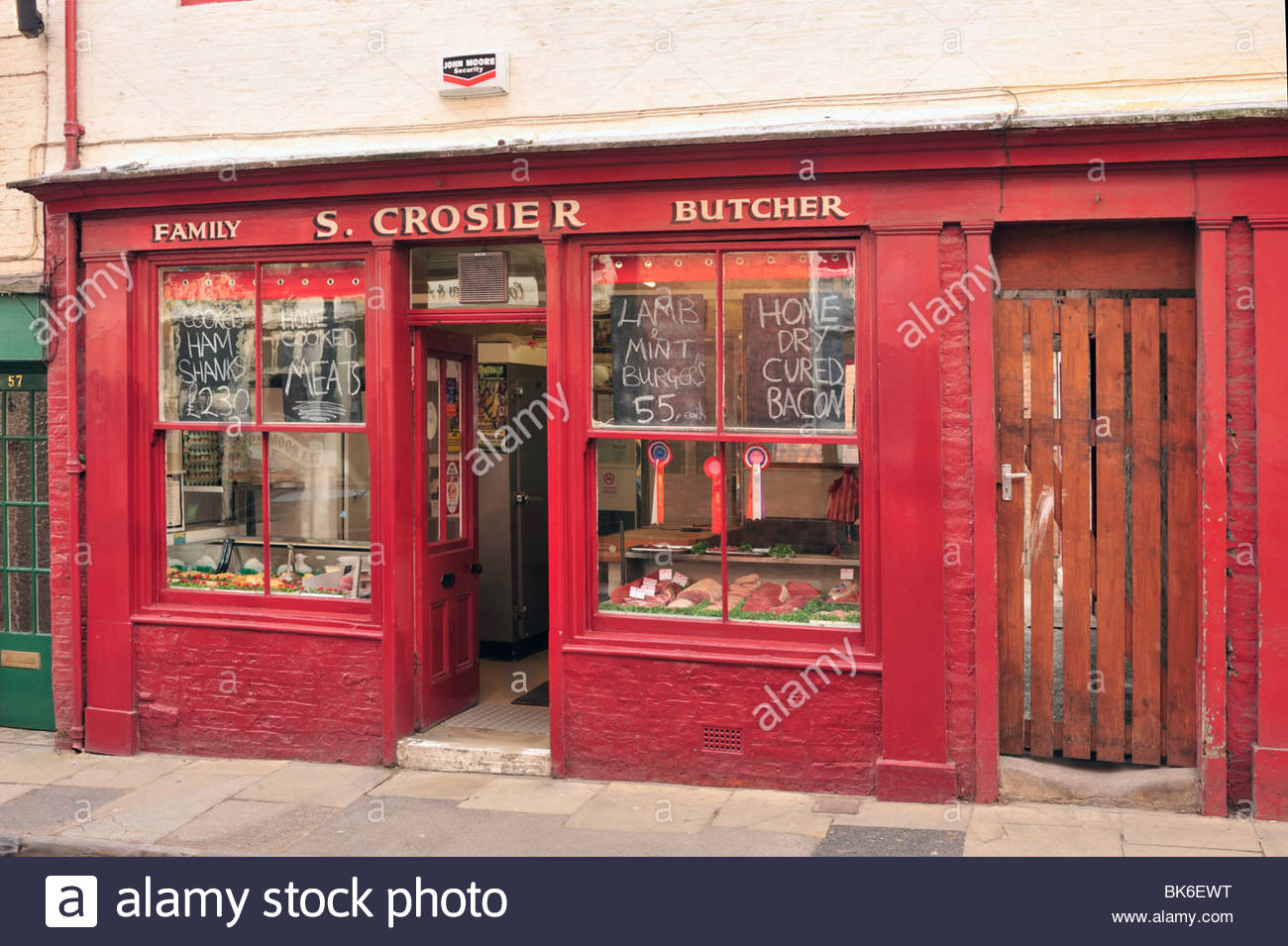 Pretty Traditional Butcher Shop in Bridlington Old Town - Stock Image