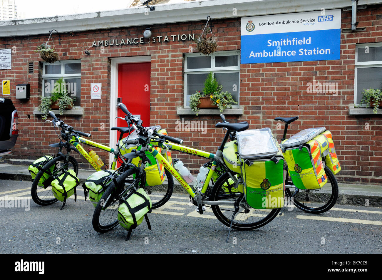 Paramedic Cycle response unit bikes Smithfield Ambulance Station London England UK - Stock Image