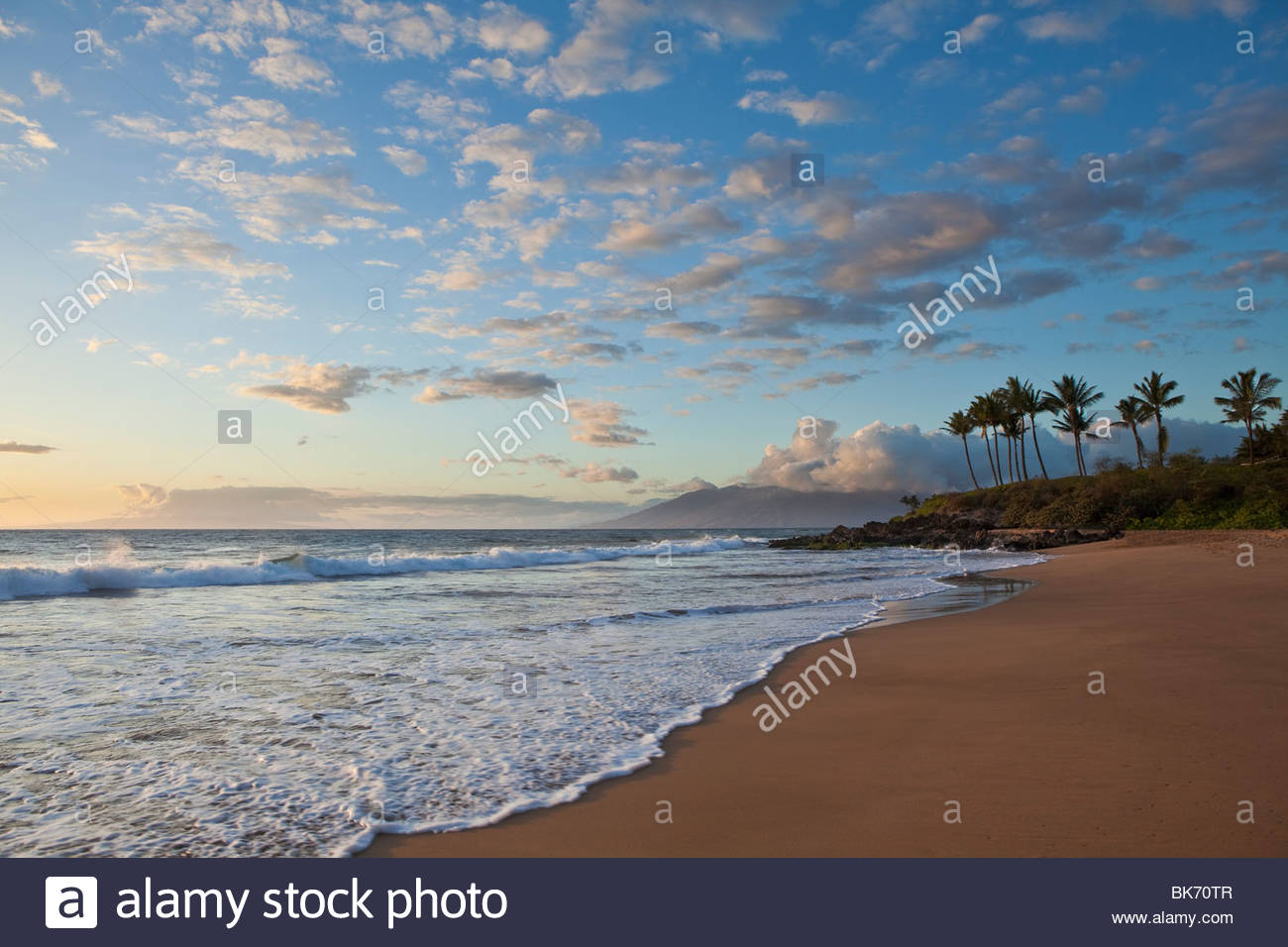 Po'olenalena Beach at sunset on the island of Maui in the State of Hawaii USA - Stock Image