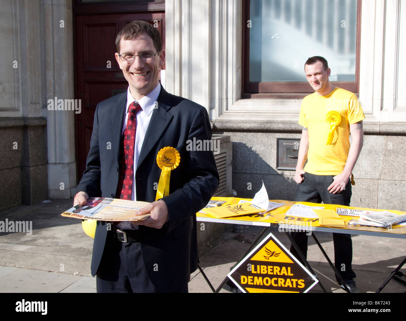 Ed Fordham  Liberal Democrat candidat for Hampstead and Kilburn campaigning in the 2010 general election in Hampstead - Stock Image