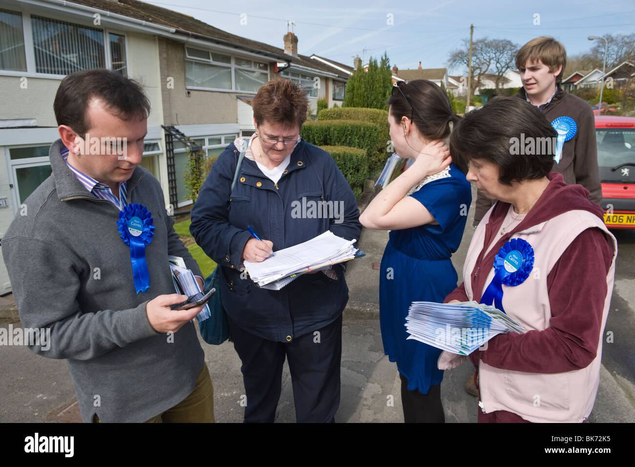 Alun Cairns Conservative Party candidate in the Vale of Glamorgan constituency campaigning during the 2010 General - Stock Image