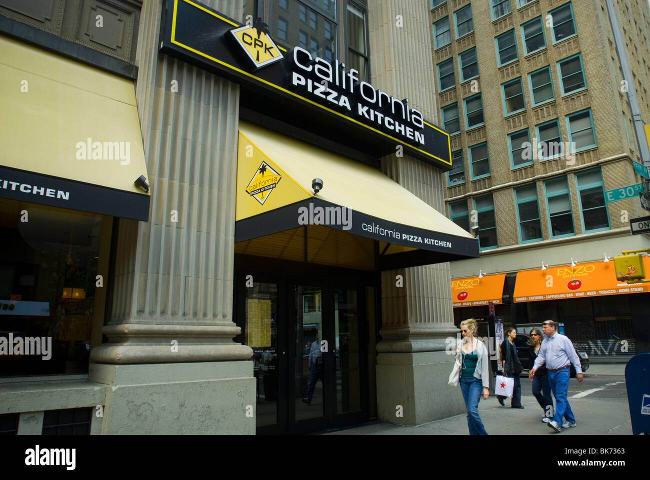 Terrific Pizza Restaurant New York Stock Photos Pizza Restaurant Download Free Architecture Designs Rallybritishbridgeorg