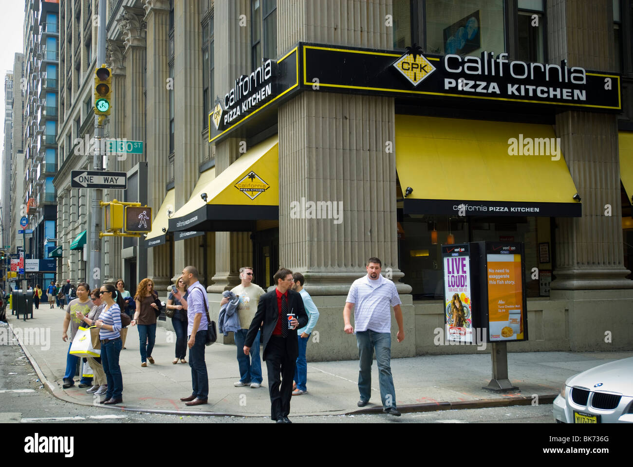A branch of the California Pizza Kitchen restaurant chain in New ...