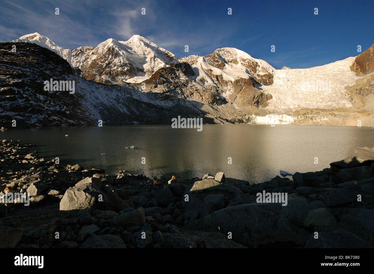 Scene from the Cordillera Real in Bolivia. - Stock Image