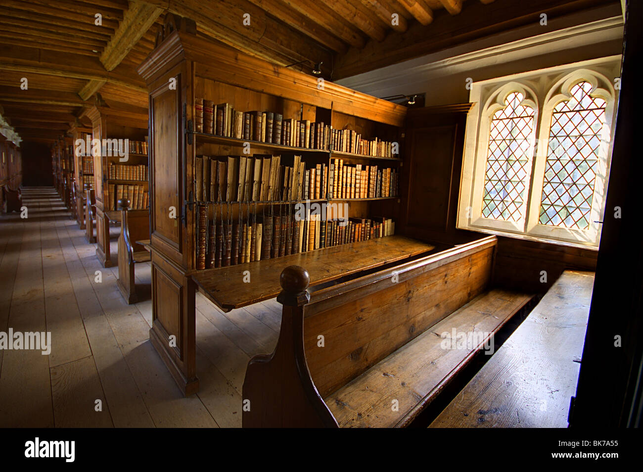 Wells Cathedral Somerset Library old books - Stock Image