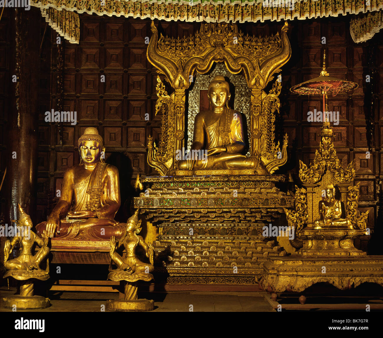 Buddha Images from late Mandalay period in the Shwe In Bin Monastery, Mandalay, Myanmar (Burma), Asia - Stock Image