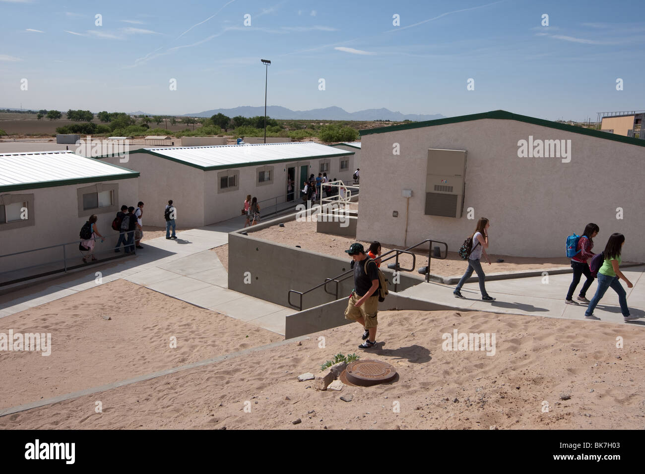Exterior of portable buildings on campus of Mission Early College High School in El Paso, Texas - Stock Image