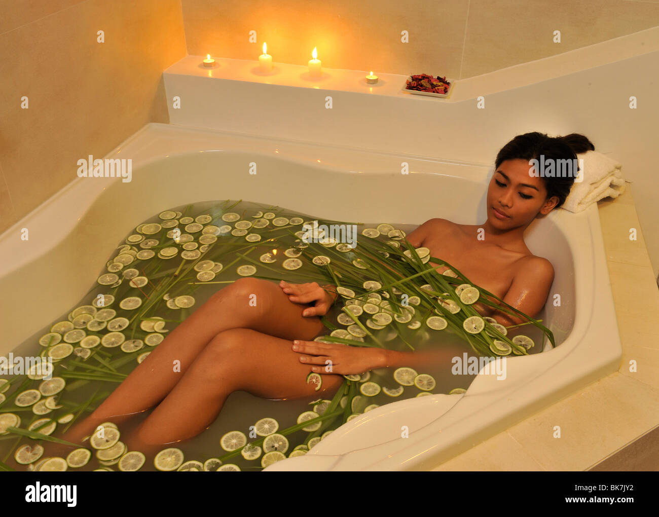 Bath with lime and lemongrass, The Spa at Thunderbird Resort, La Union, Philippines, Southeast Asia, Asia - Stock Image
