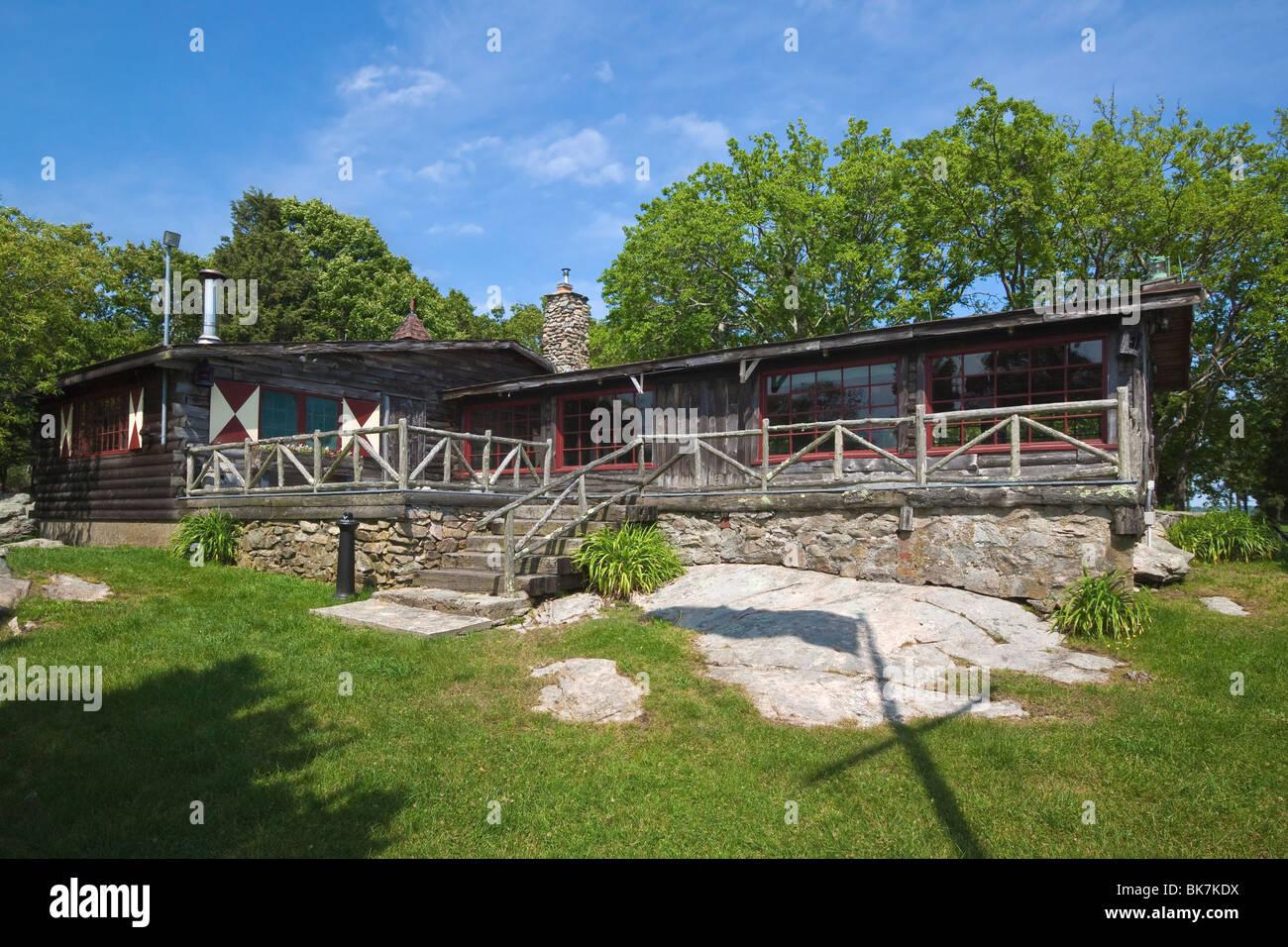 Cove Cabin, Bristol, Rhode Island, USA - Stock Image