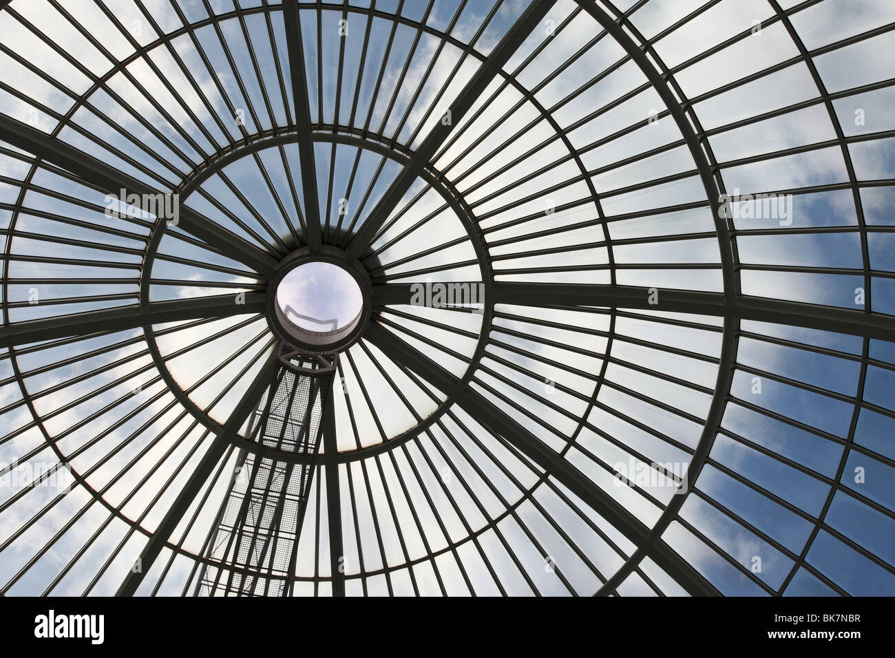 Dome roof in Canary Wharf shopping Mall. - Stock Image