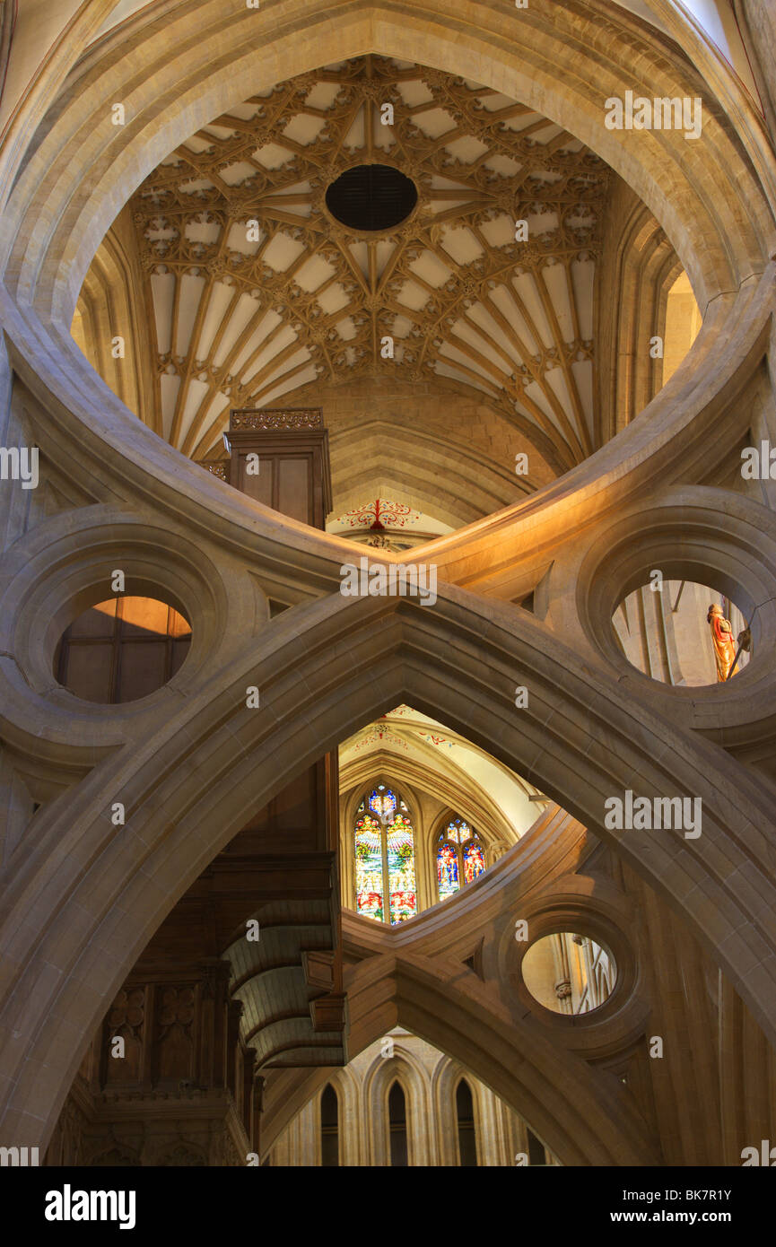 Wells Cathedral Somerset scissor arch - Stock Image