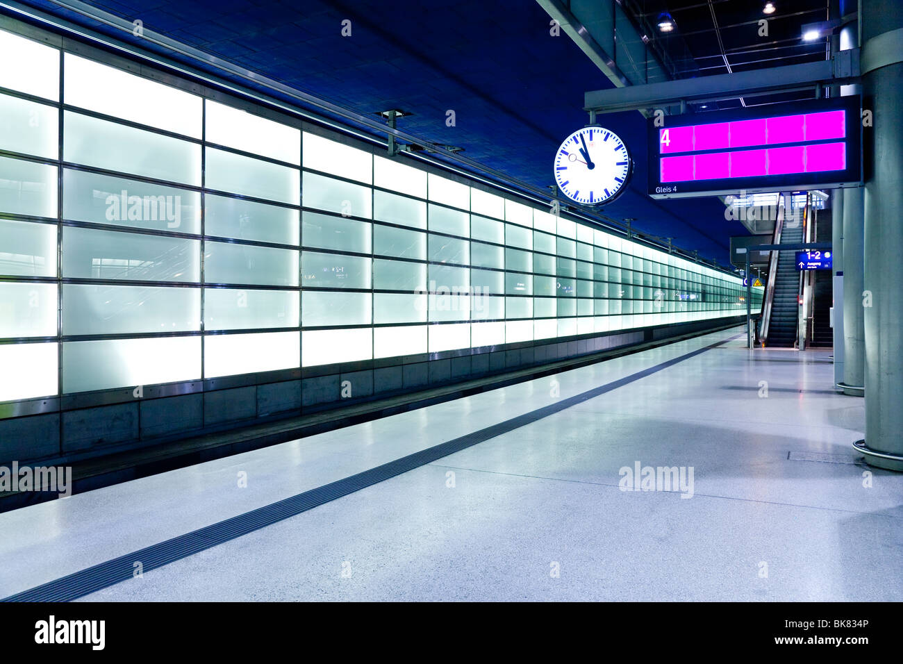 Europe, Germany, Berlin, modern train station platform - Stock Image