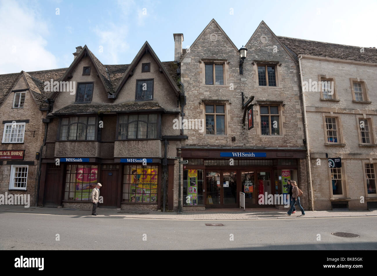WHSmith or WHS in Cirencester, Cotswolds, Gloucestershire -  stationery shop / store. UK. - Stock Image